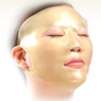 「VIVOR(ヴィヴォア)3Dマスク」お気に入りの美容液をパックに。洗って繰り返しつかえます。